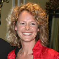 Height of Kate Humble