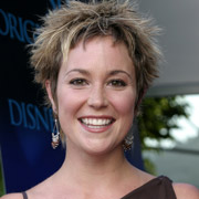 Height of Kim Rhodes