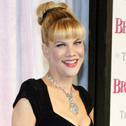 Height of Kristen Johnston