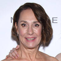 Height of Laurie Metcalf