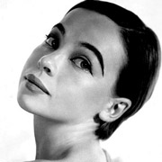 Height of Leslie Caron