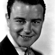 Height of Lew Ayres