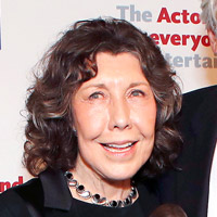 Height of Lily Tomlin