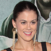 Height of Lindsey Shaw