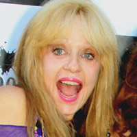Height of Linnea Quigley