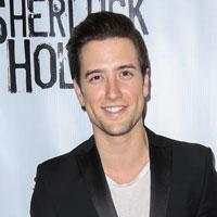 Height of Logan Henderson