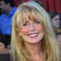 Height of Marcia Strassman