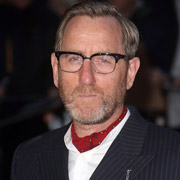Height of Michael Smiley