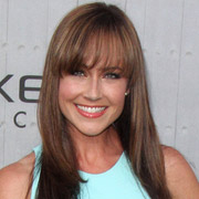 Height of Nikki DeLoach