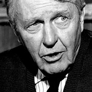 Height of Ralph Bellamy
