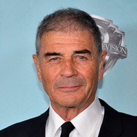 Height of Robert Forster