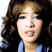 Height of Ronnie Spector