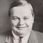 Height of Roscoe Fatty Arbuckle