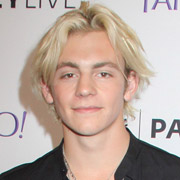 Height of Ross Lynch