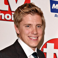 Height of Ryan Hawley