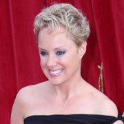 Height of Sally Dynevor