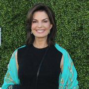 Height of Sela Ward