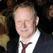 Height of Stellan Skarsgård
