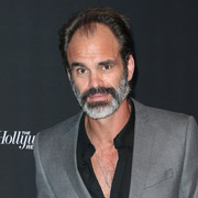 Height of Steven Ogg