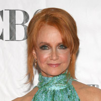 Height of Swoosie Kurtz