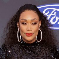 Height of Tami Roman