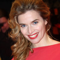 Height of Thekla Reuten