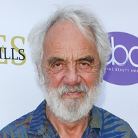 Height of Tommy Chong
