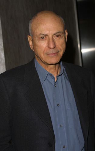How tall is Alan Arkin