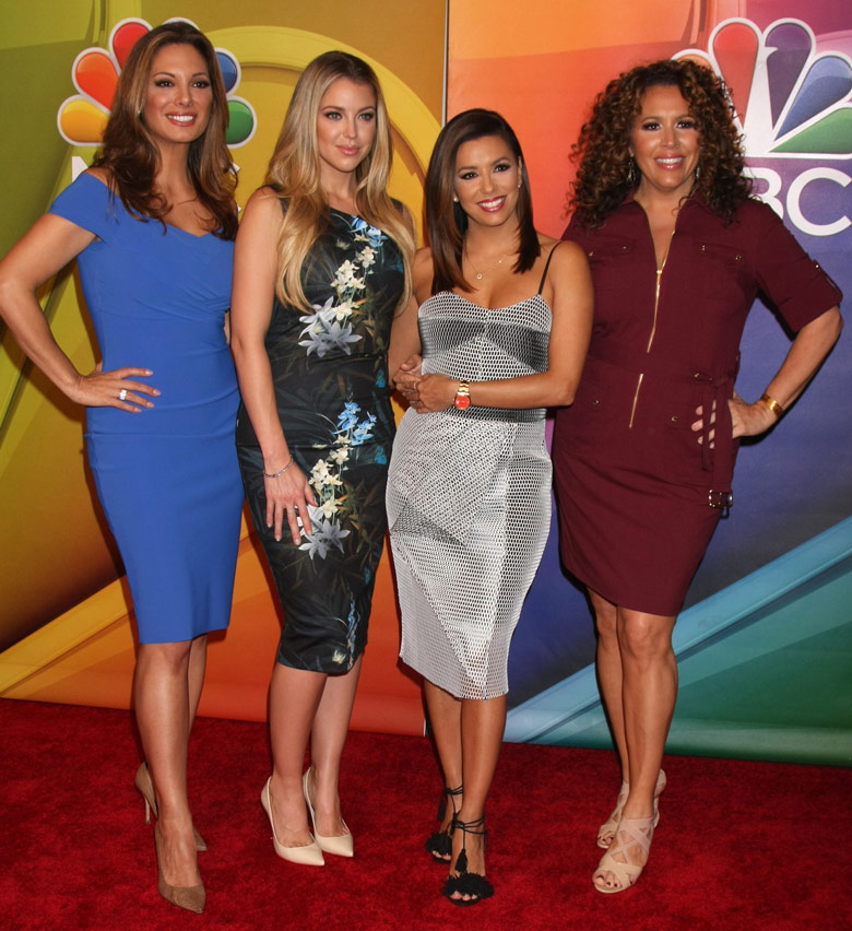 How tall is Alex Meneses