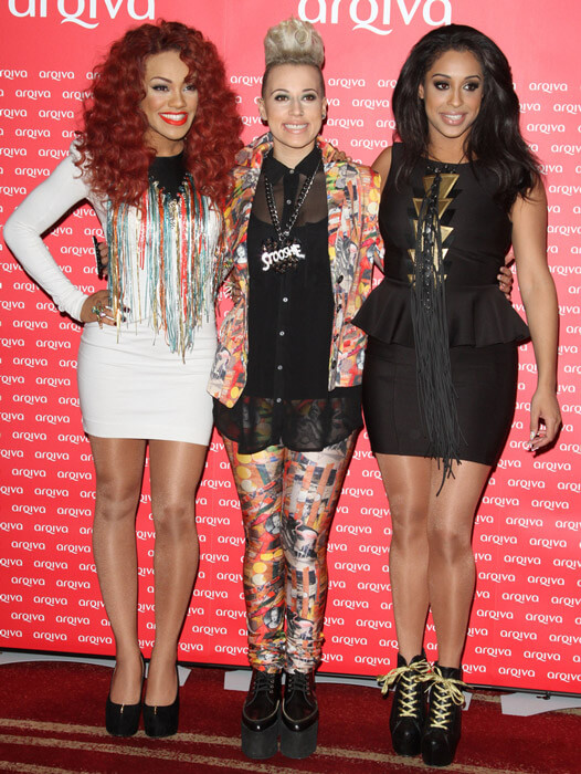 How tall is Stooshe