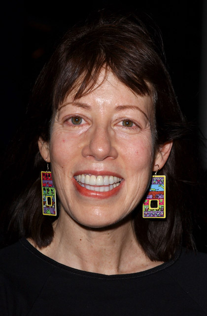 How tall is Allyce Beasley