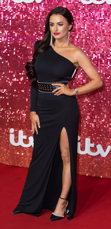 How tall is Amber Davies