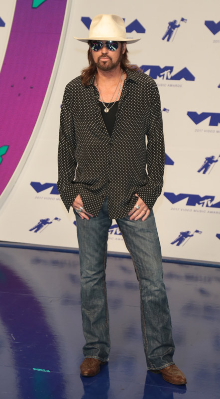 How tall is Billy Ray cyrus