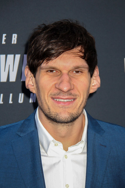 How tall is Boban Marjanovic
