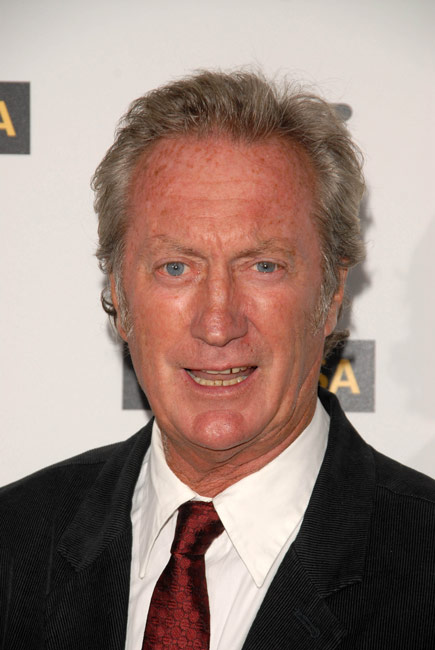 How tall is Bryan Brown
