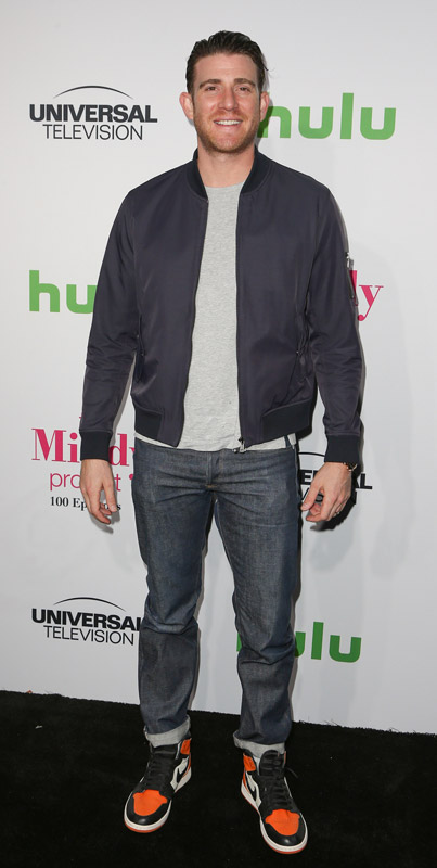 How tall is Bryan Greenberg