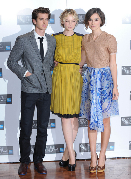 How tall is Carey Mulligan