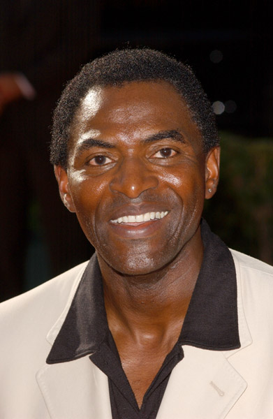 How tall is Carl Lumbly