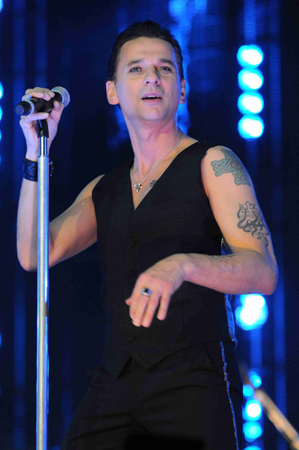 How tall is Dave Gahan