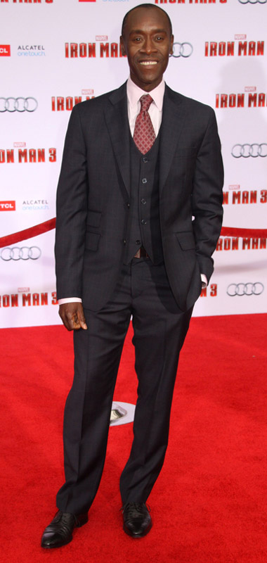 How tall is Don Cheadle