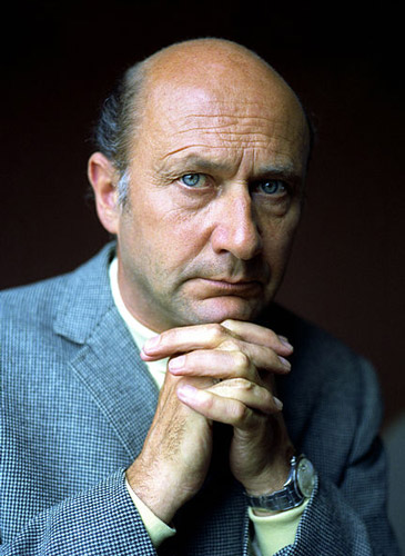 How tall is Donald Pleasance