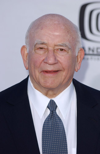 How tall is Ed Asner