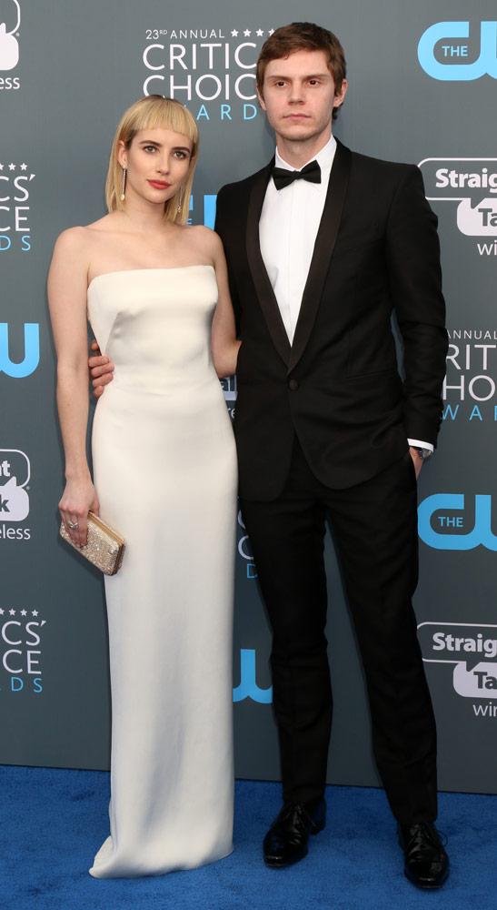 How tall is Evan Peters