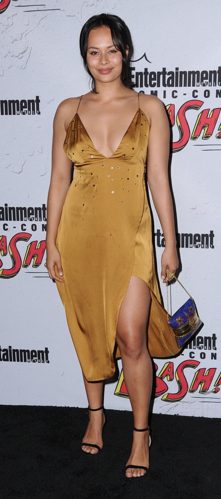 How tall is Frankie Adams