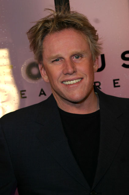 How tall is Gary Busey