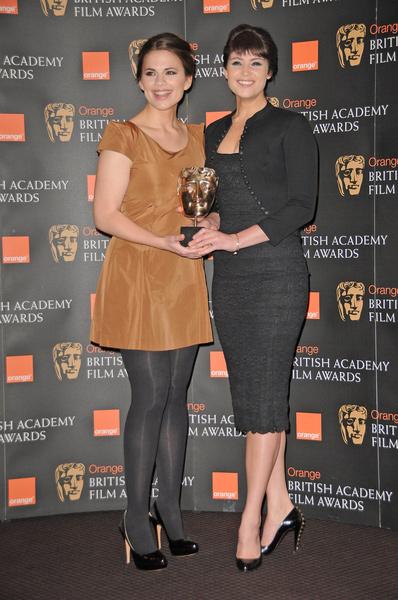 How tall is Gemma Arterton