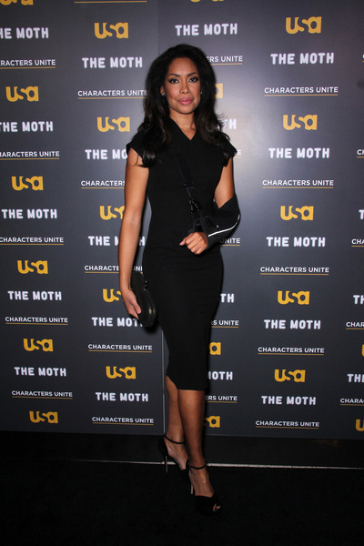 How tall is Gina Torres