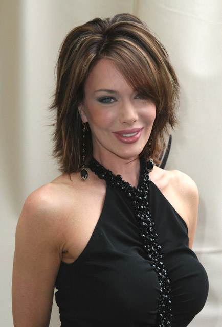 How tall is Hunter Tylo