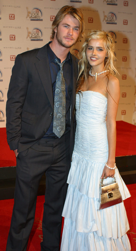 How tall is Isabel Lucas