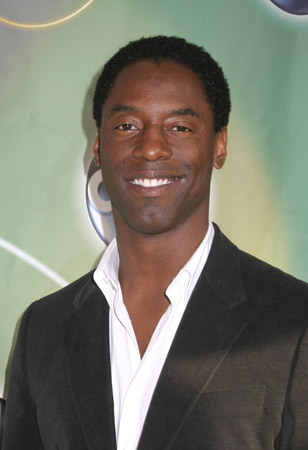 How tall is Isaiah Washington